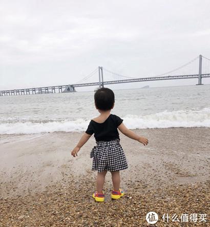 哪吒妹去看海啦~~
