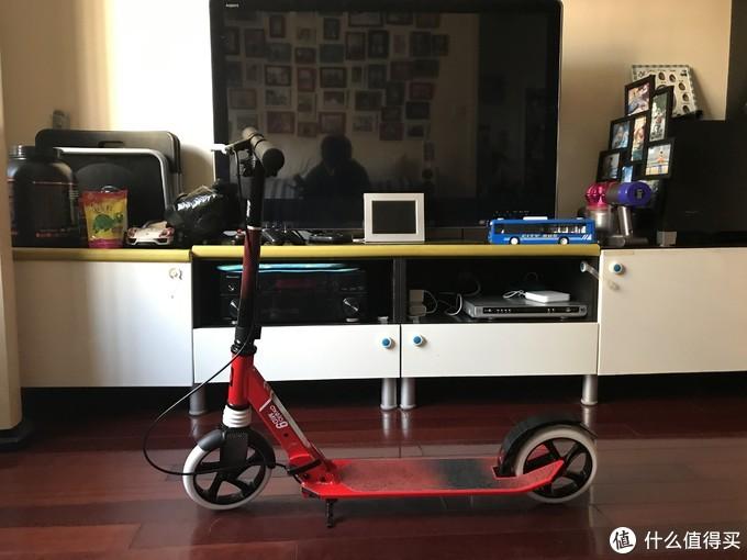 又有手刹又有避震的迪卡侬OXELO儿童滑板车