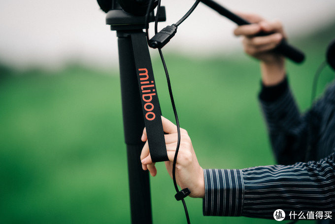 视频拍摄单兵作战的好帮手:miliboo MTT705BS-NT碳纤维独脚架