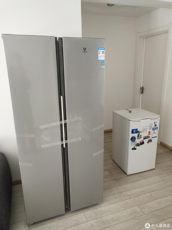 大小对比一目了然,小冰箱可以下岗了。