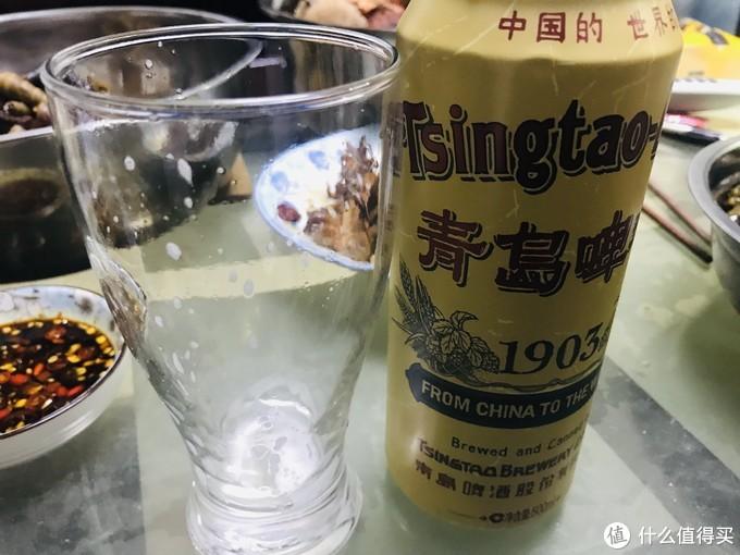 国货之光1903青岛啤酒开箱测评,这罐100年的啤酒让人骄傲!