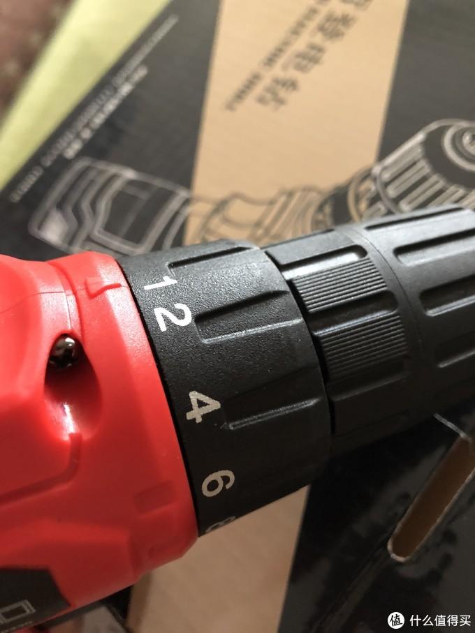 这应该是居家必备的工具!哲登12V充电式家用电钻螺丝刀 - 开箱测评