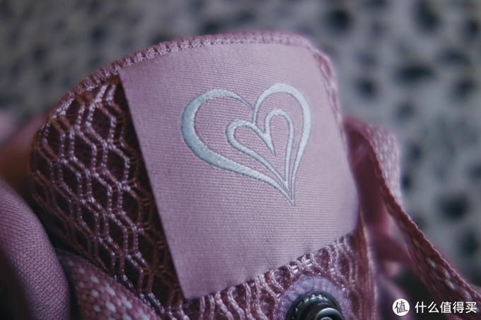 情人节限定鞋舌是小粉心