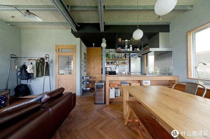 多少钱可以打造一个舒适的客厅和书房?