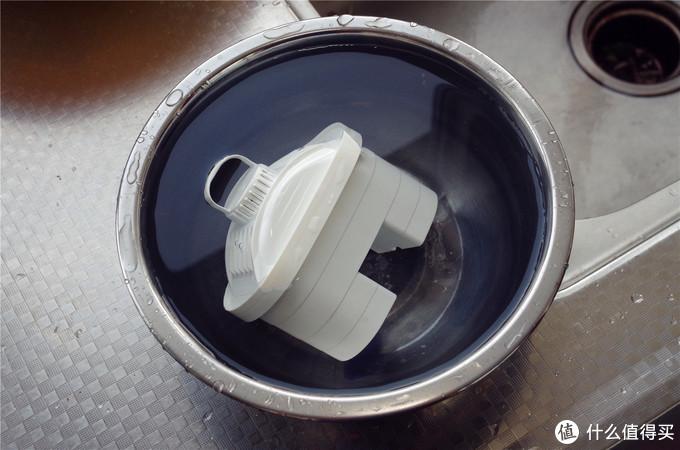 2分钟自来水变矿物质纯净水?莱卡米兰直饮净水壶评测