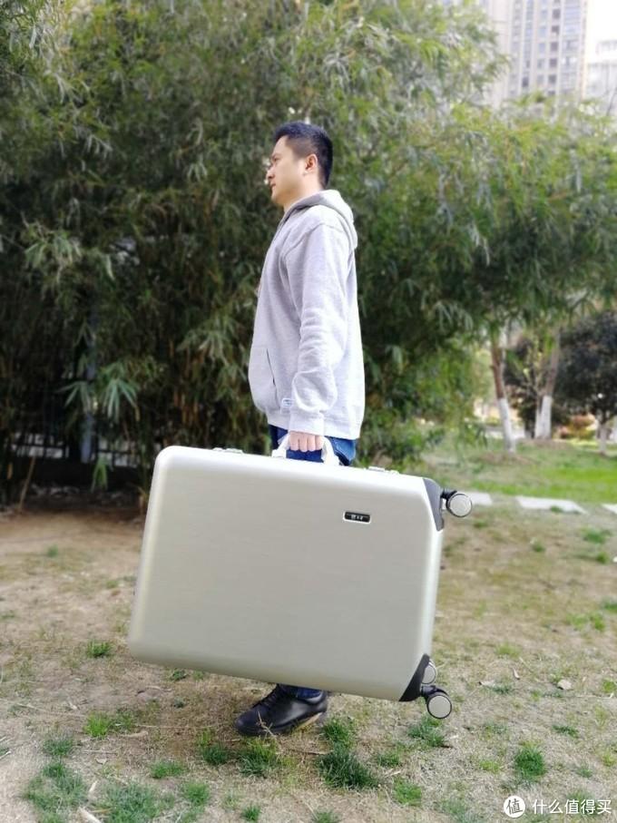 超轻超大单杆行李箱 旅行箱