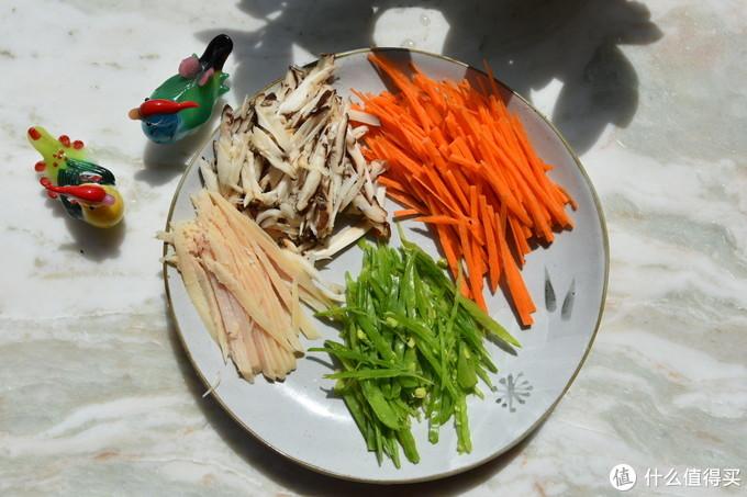 老少咸宜的快手菜——简约不简单的爆炒土豆丝