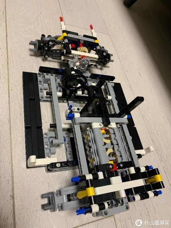 6缸发动机和方向盘