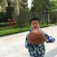 李宁篮球使用感受(优点 缺点 手感 价格 性价比)