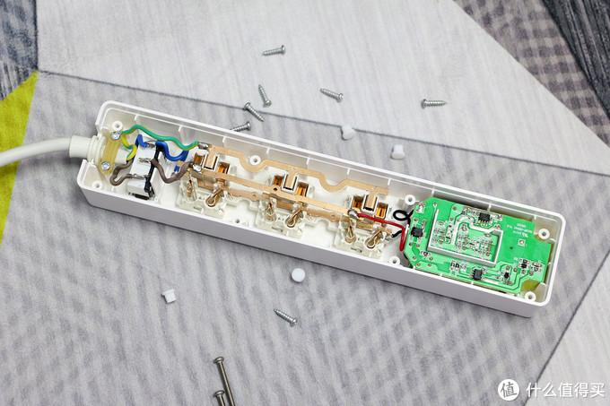 办公追剧两不误,带3口USB支架,ON HOU1323 手机支架USB插座体验