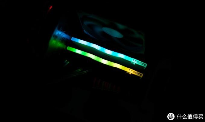 或许是你的第一条RGB内存?——十铨(Team)Delta RGB内存简单开箱