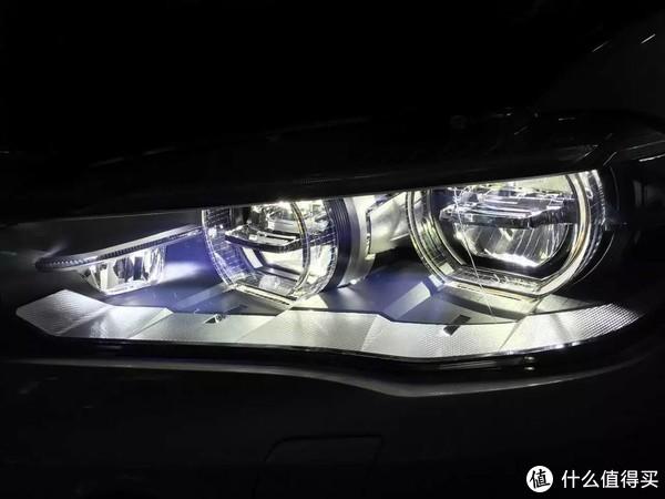 从频闪到蓝光伤害,教你如何选照明光源以及护眼灯