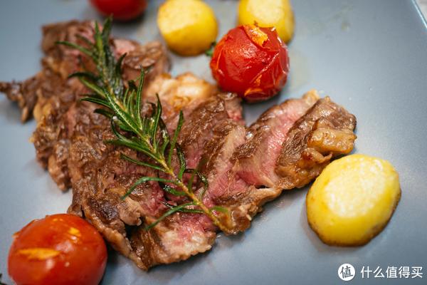 冰鲜鲁西黄牛眼肉和澳洲冰鲜西冷——盒马鲜生