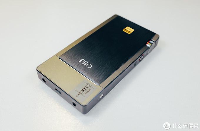 均衡全面 FiiO飞傲Q5便携解码耳放一体机测评