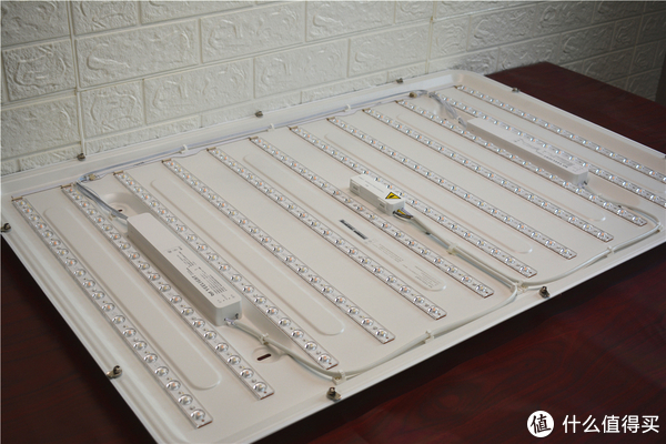 小米生态链Yeelight吸顶灯,让客厅布满星光,959元值吗?