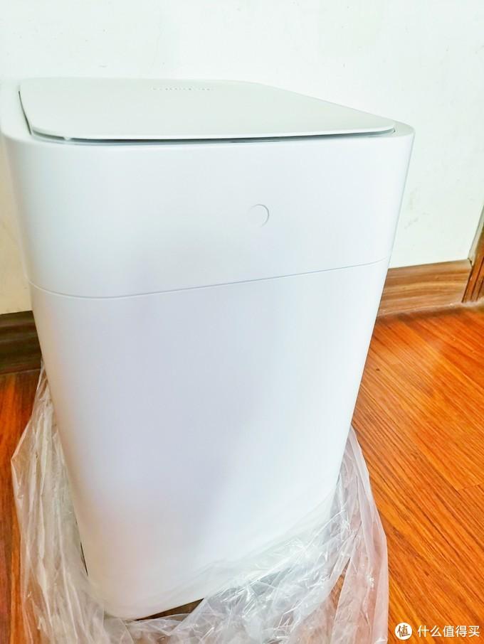 小米有品智能垃圾桶,一个可以自动打包换袋的垃圾桶,从此解放你的双手