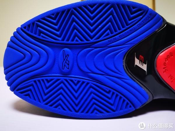 总有那么双鞋会让你泪流满面——Reebok 锐步 Answer 4.5 开箱