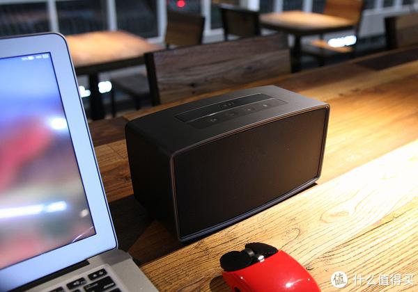 有两个灵魂的360AI音箱MAX用起来怎么样?