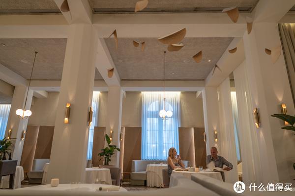新加坡三家米其林餐厅: Les Amis (二星)、JAAN (一星)、Odette (二星)
