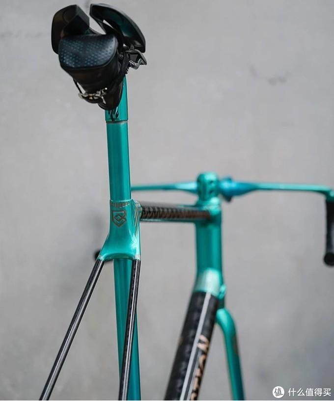 这可能是自行车里最朋克邪典的一个品牌,而真正的魔鬼都在细节里