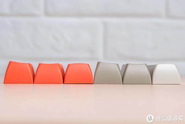 SA键帽侧面特写,右1、右4为空格键