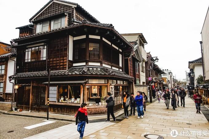 金泽被誉为小京都,所以这里茶屋街这附近都很有京都的感觉