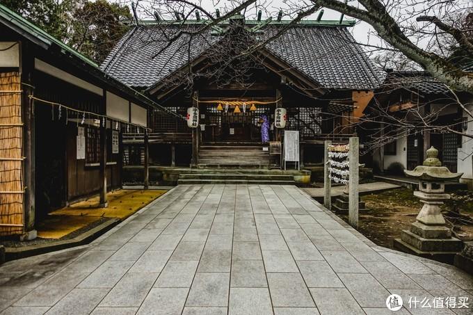 附近大大小小的神社很多