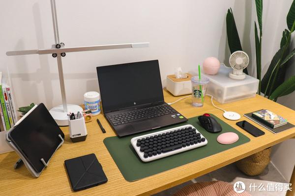 【晒桌面】处女座美术生的桌面装备收纳2.0篇