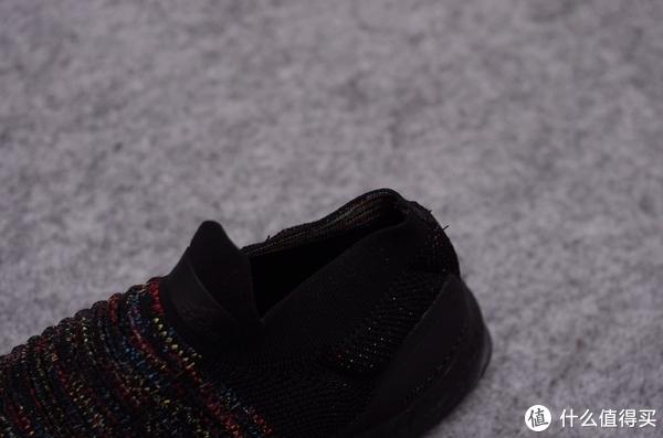 Adidas UltraBOOST LACELESS 黑武士跑步鞋