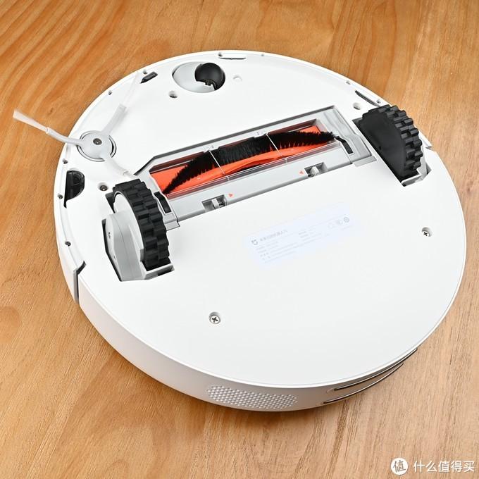 两代扫地小佣人的和谐相处——新添米家扫地机器人1S