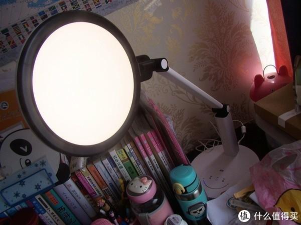 AA级大面柔光台灯智能版 孩视宝VL225A送给孩子的礼物