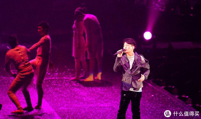永远的情歌王子 — 张信哲《未来式》巡回演唱会广州站