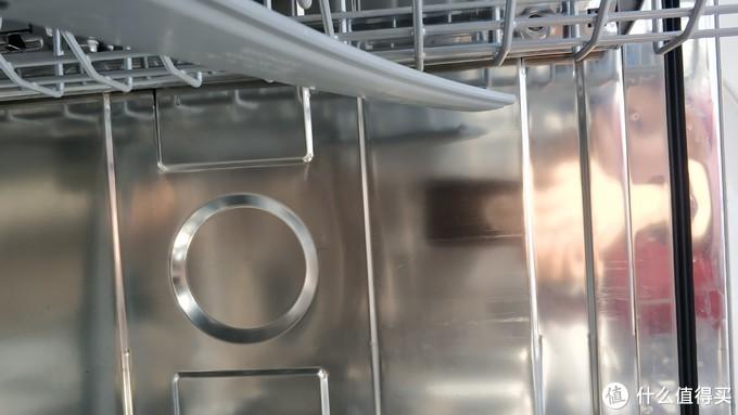 图4,洗碗机侧壁