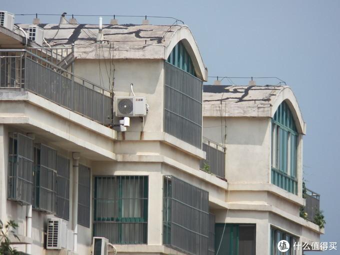 长焦端600mm可以拍清楚200米外的房子