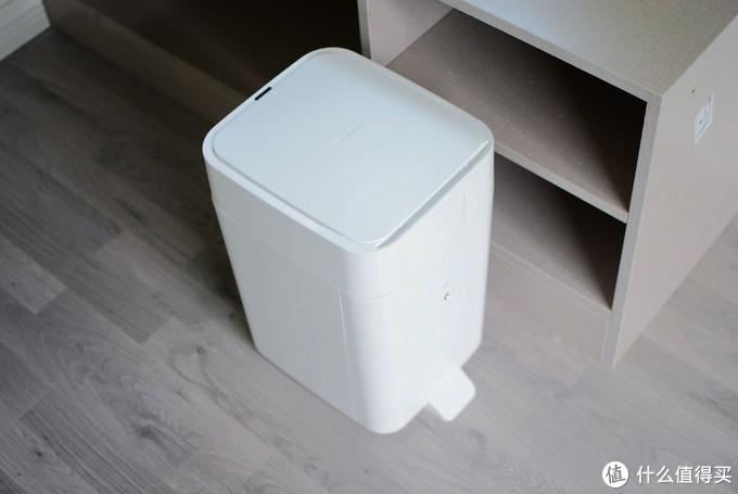 拓牛智能垃圾桶很革命:一键打包,自动换袋