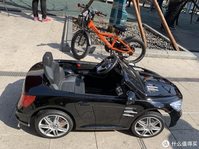 基本有2个平衡车那么长。。。