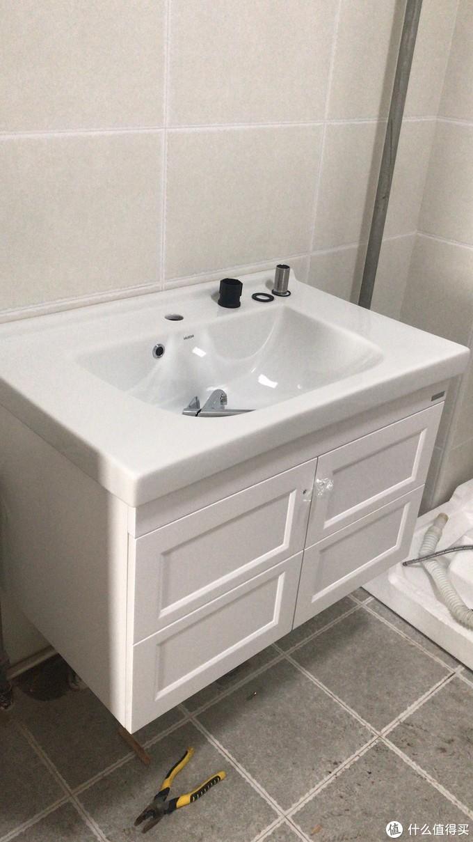 买了999元惠达的马桶,但是浴室柜安装遇到了一个坑