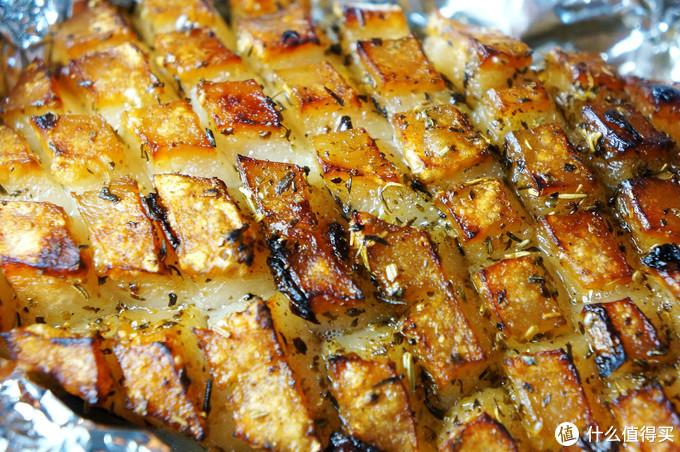 """周末在家做大菜:大口吃🐖肉!香喷喷的""""脆皮烤五花肉""""  - 烤箱食谱"""