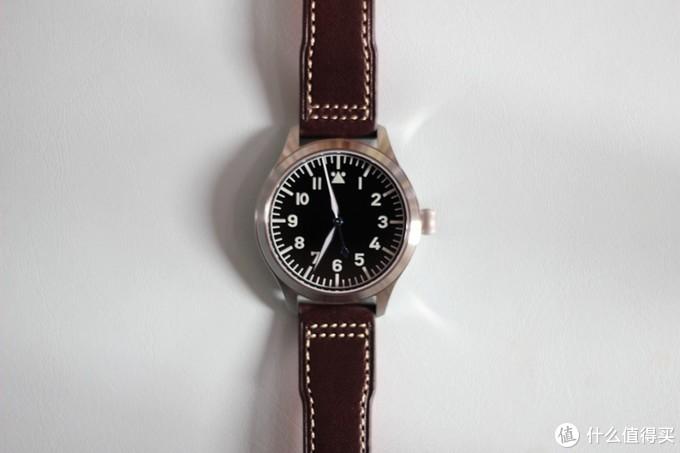 无字成诗 - 从一款无logo飞行员手表,聊一聊绅士选表态度