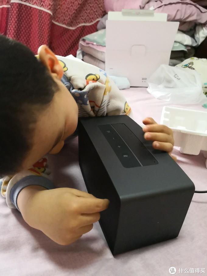 别人有故事机,小猴子有MAX,360AI音箱MAX测评