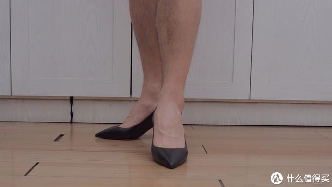 都说高跟鞋的魅力无法抗拒,直男的我可是真穿上了