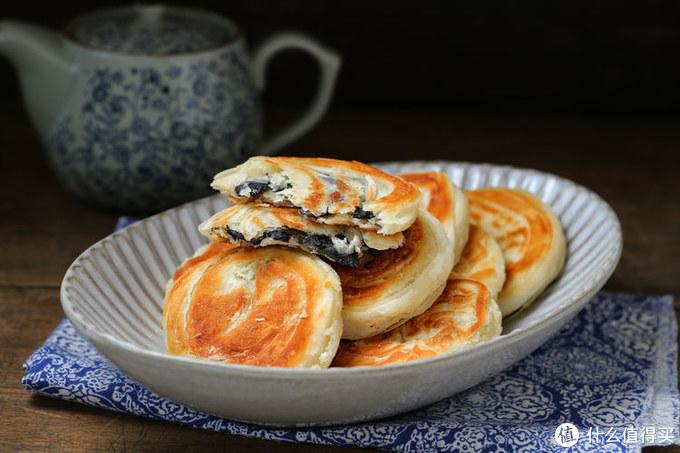 平底锅烙制油酥饼,简单易学分层多,一碰直掉渣,配方比例在这里