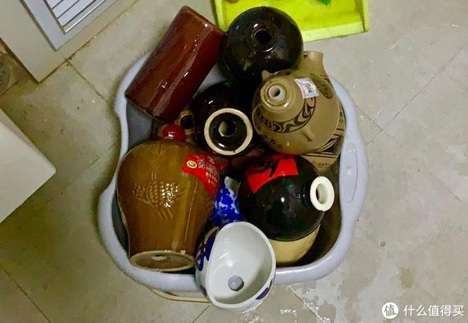 一部分自己喝的 一部分自己捡的(捡垃圾的过程就不详细阐述了 这是清洗钻过孔的一小部分)