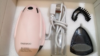 大宇HI-022手持挂烫机外观介绍(配件|机身|保护层|垫子)