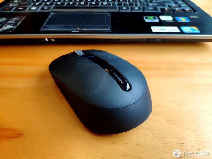 简单实用的科技美-米物无线办公键鼠套装