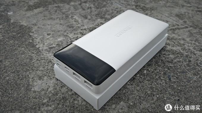 苹果MFI认证20000毫安移动电源睿能宝RAVPower体验