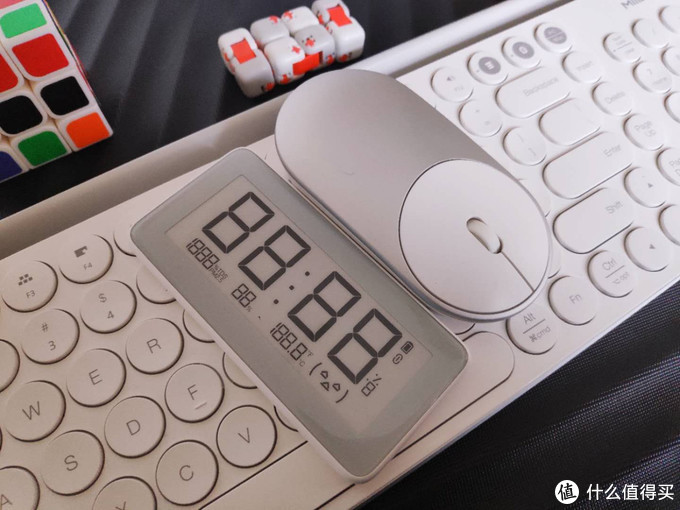 让生活更加美好的米家温湿监测电子表