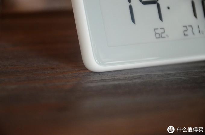 见过采用水墨屏的电子表吗?米家温湿检测电子表知冷暖