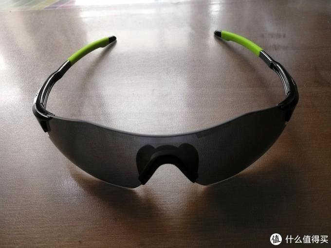 让运动更加轻松 OUTDO 高特 GT67008 运动太阳镜