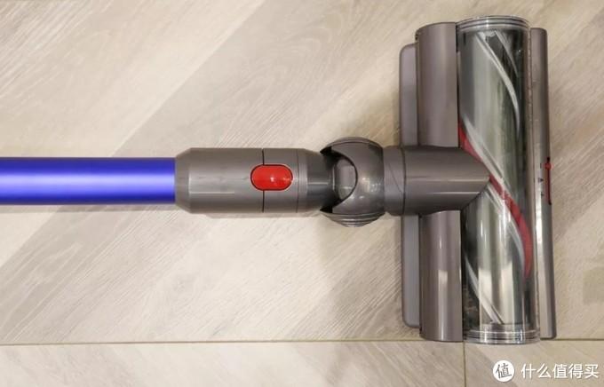戴森V11到底值不值得买?戴森V11智能无绳吸尘器开箱测评